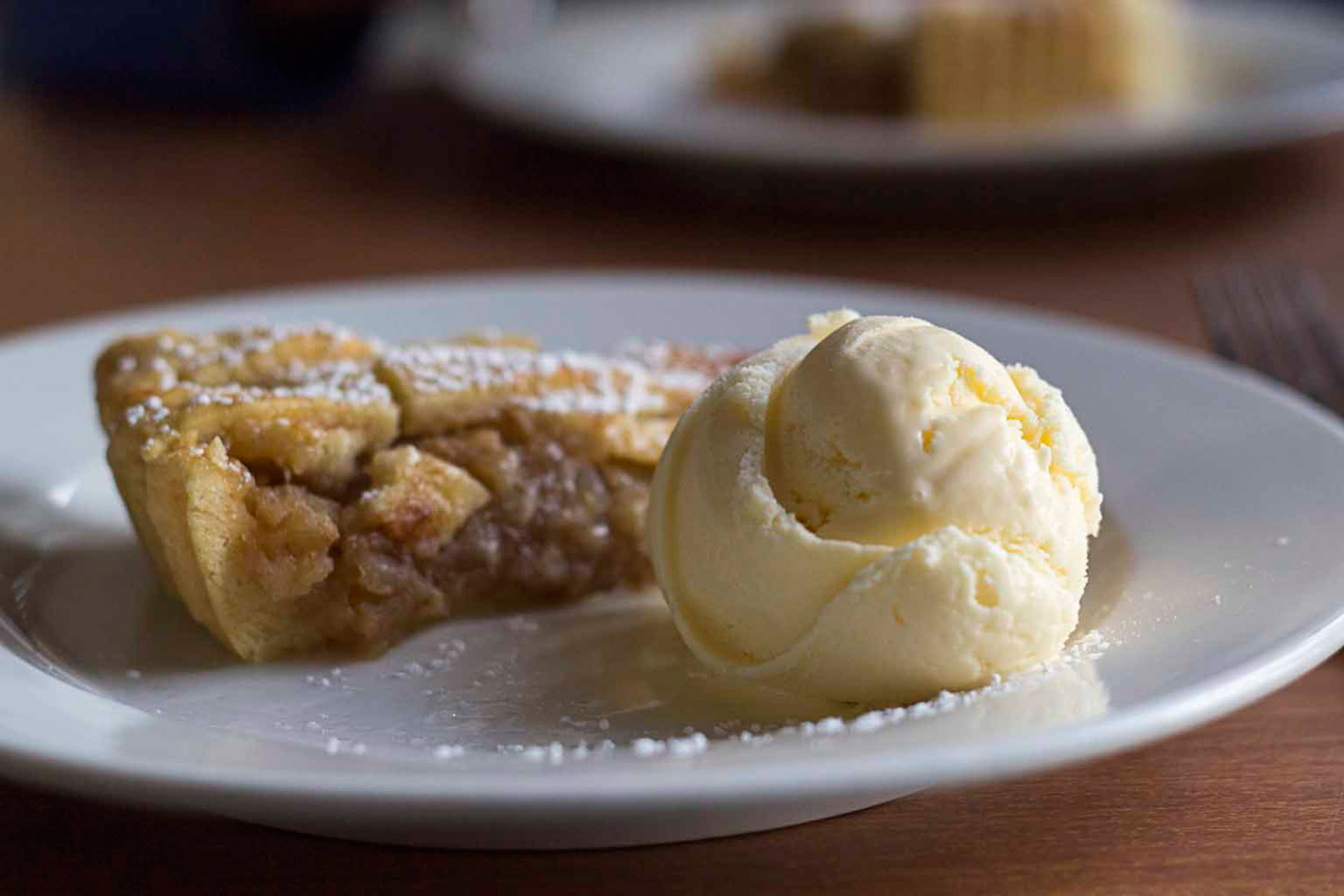 Bells' Apple pie and icecream